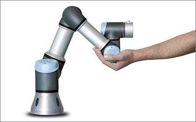 Amapola comunica la robotica versatile di Universal Robots